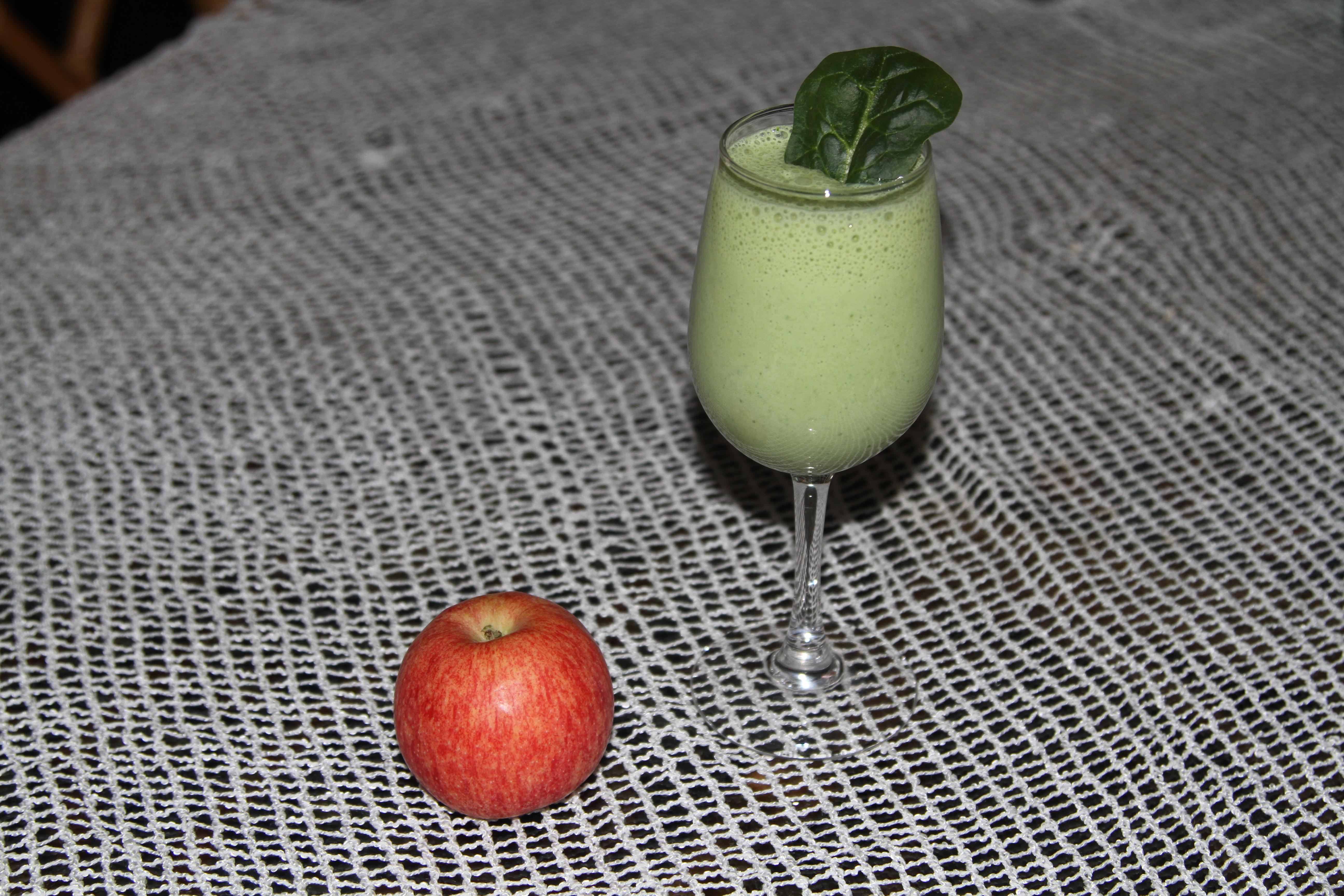napój ze spinakiem