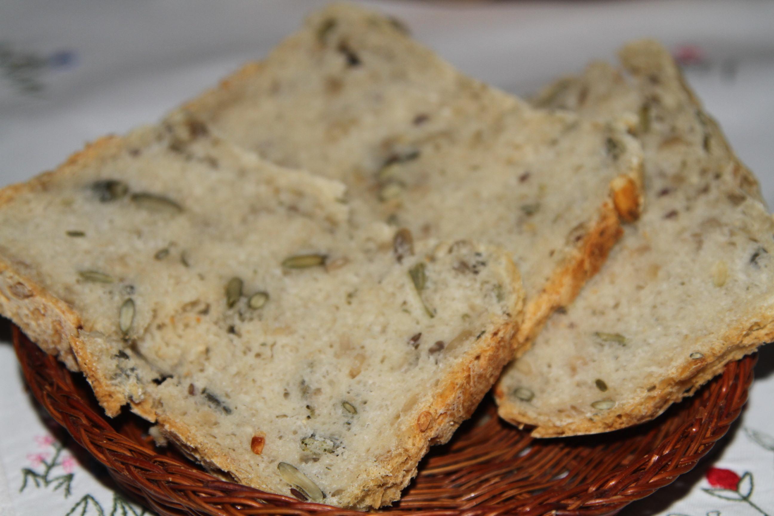 chleb domowy z mąki pszennej