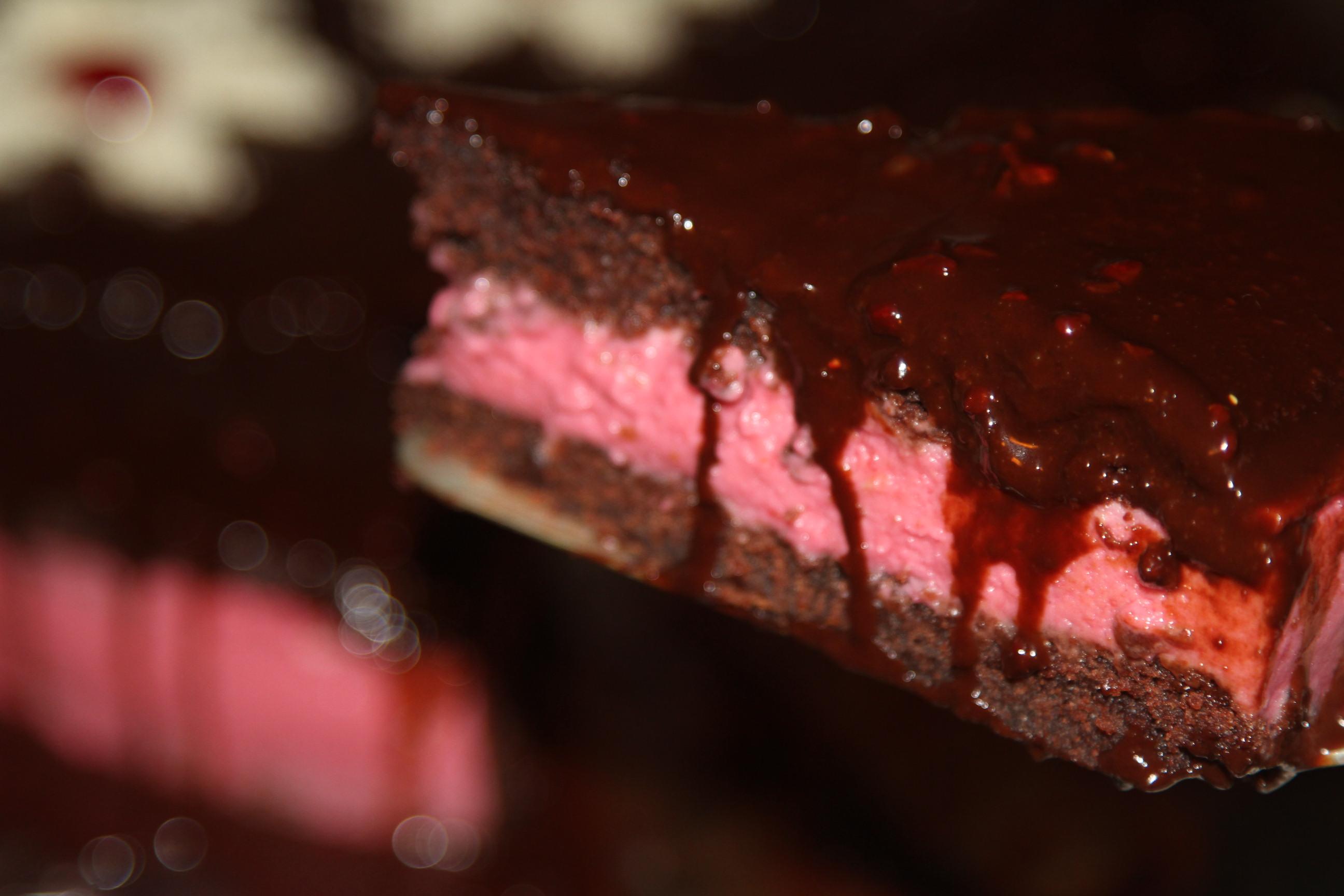 ciasto kakaowe ze śmietaną