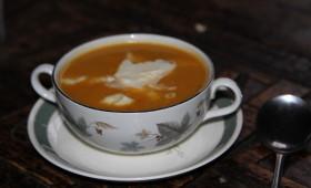 Zupa dyniowa krem z kluseczkami serowymi