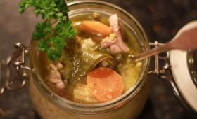Zupa tajska z zielonym pesto
