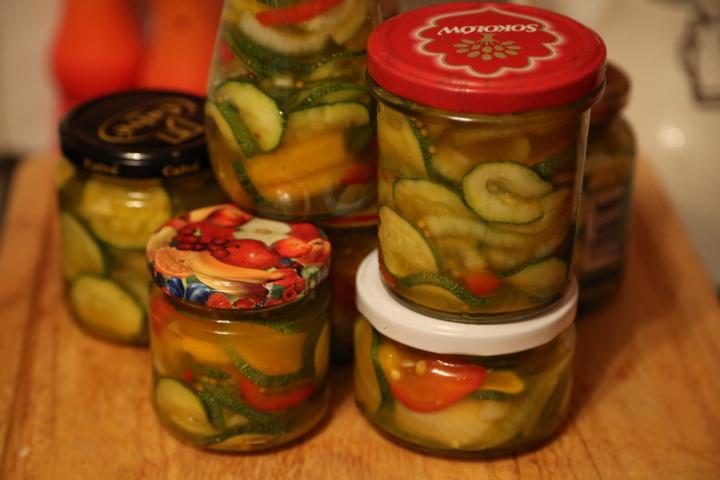 sałatka z warzywami na zimę