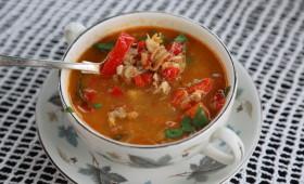 Zupa z krabem i mięsem raka
