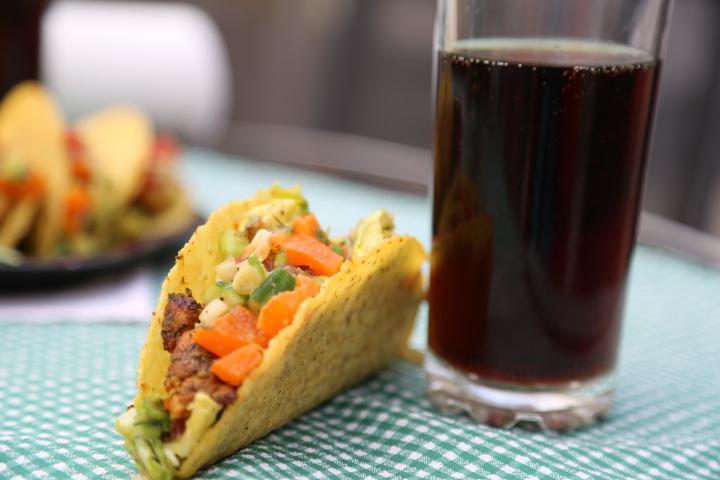 tacos z salsą